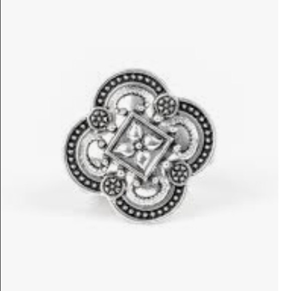 K46 Silver stretchy ring